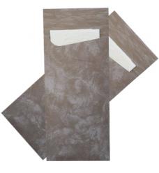 photo of Bestekzakje 8.5cm 20cm zwart marble met servet wit