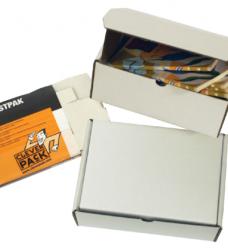 photo of Postpakket CleverPack golfkarton 220x160x90mm wit 25stuks
