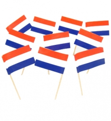 photo of Prikkers hout 7cm rood wit blauw vlag